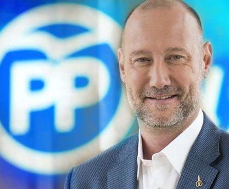 Pedro García Aguado y el Partido Popular