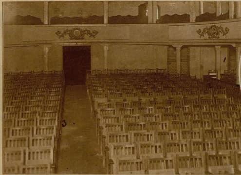 Salon del acto de Falange Española en San Fernando