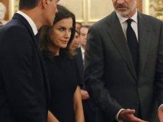 Bronca del rey Felipe VI a Pedro Sánchez en el Congreso de los Diputados