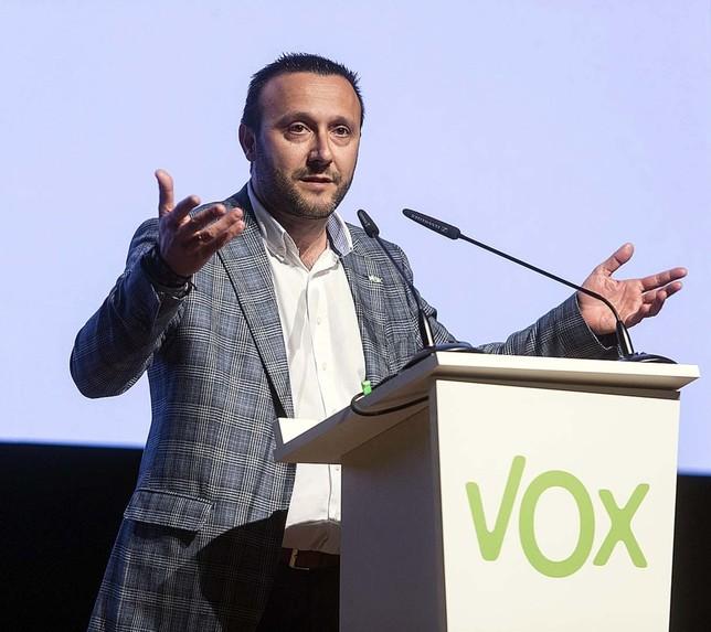 Luis Miguel Nuñez acto de VOX